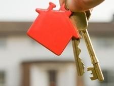 Los promotores se alían con fondos internacionales para reimpulsar la construcción de viviendas.