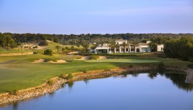 Las Colinas 18th