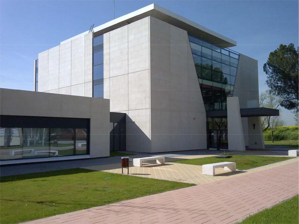 Biblioteca de Consumo Casi Cero de Alcalá de Henares con SIBER