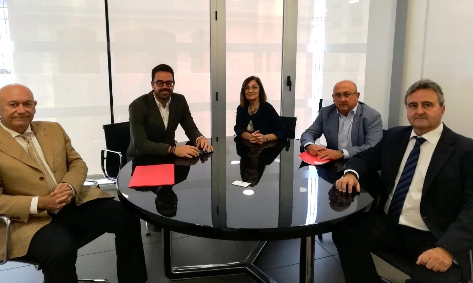 Previamente, tuvo lugar una reunión de seguimiento en la Concejalía de Urbanismo, con representantes de Provia.